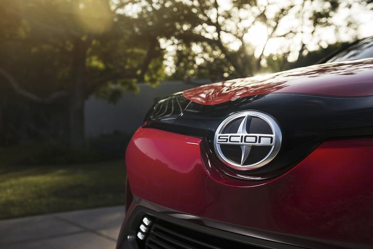 Toyota C-HR Concept-12