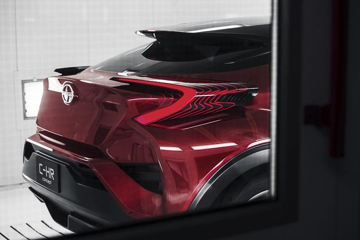 Toyota C-HR Concept-20