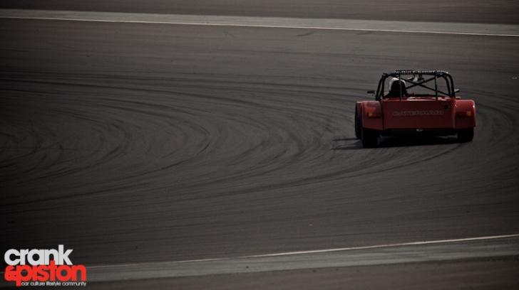 dubai-national-racing-touring-cars-44