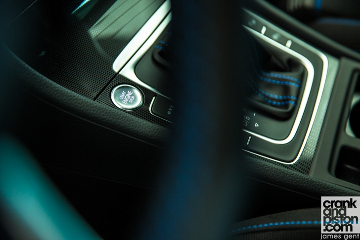 Volkswagen Golf GTE-06