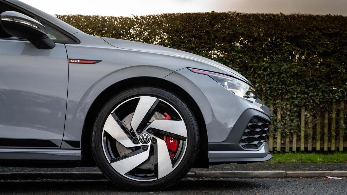 Volkswagen-Golf-GTI-Clubsport-2021-14