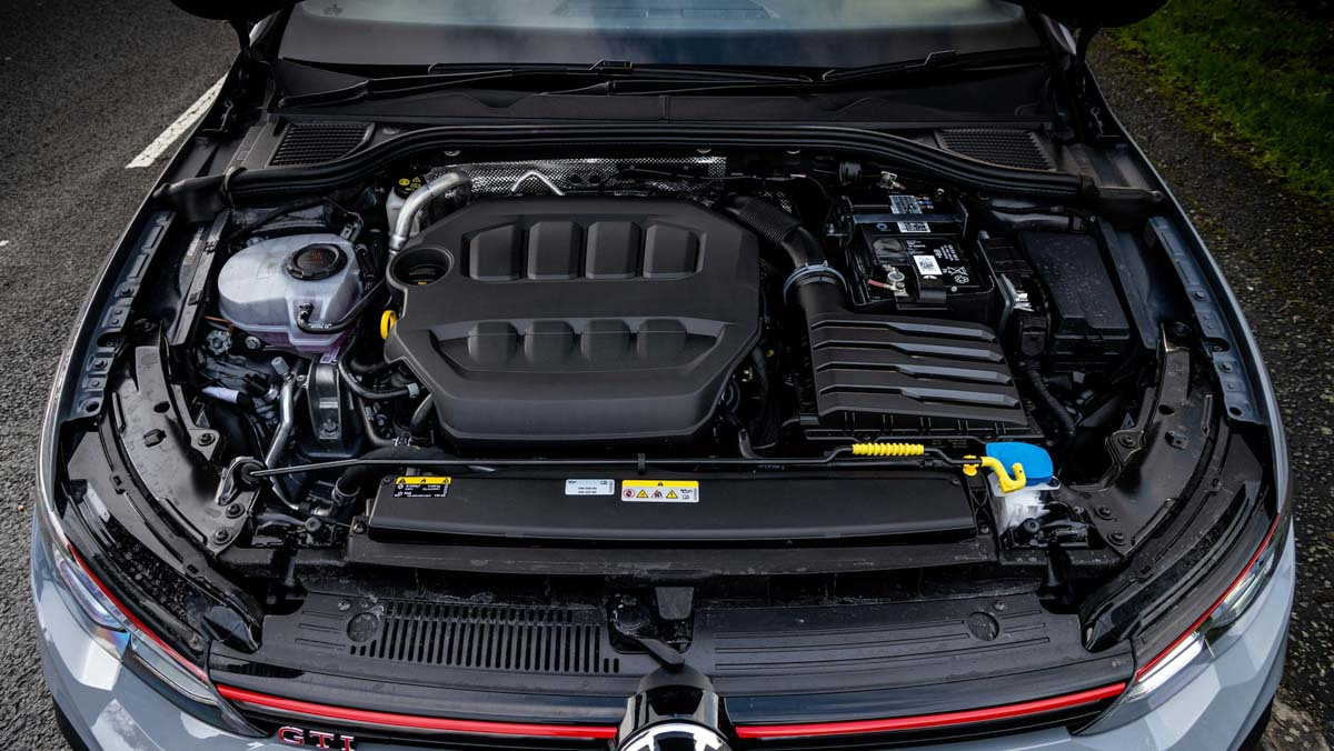 Volkswagen-Golf-GTI-Clubsport-2021-7
