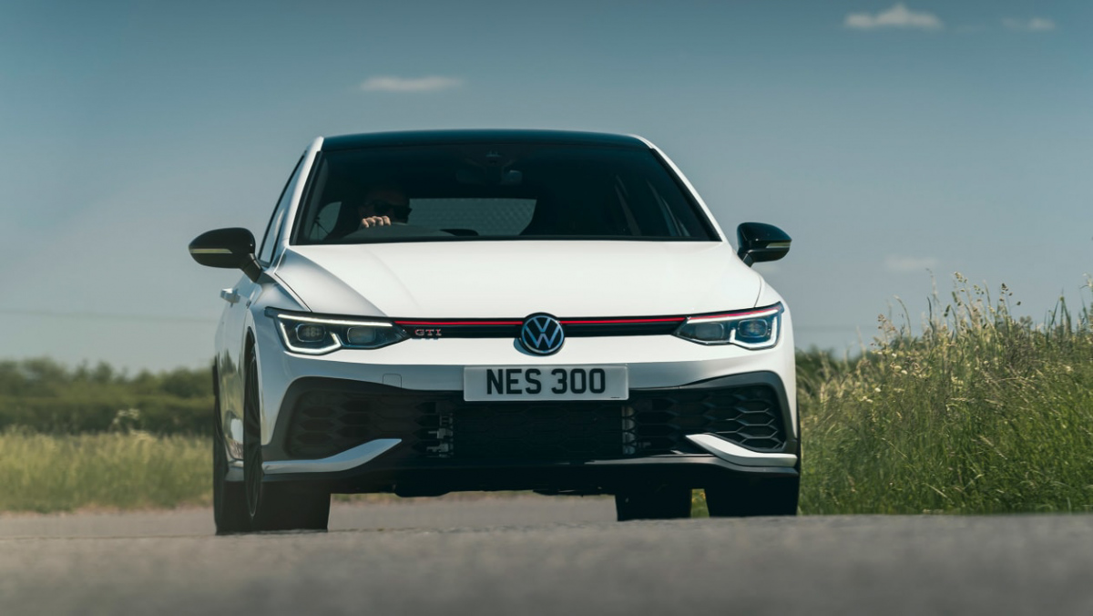 Volkswagen-Golf-GTI-Clubsport-45-1