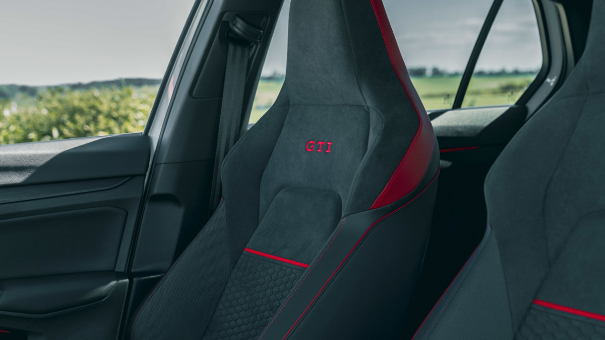 Volkswagen-Golf-GTI-Clubsport-45-4