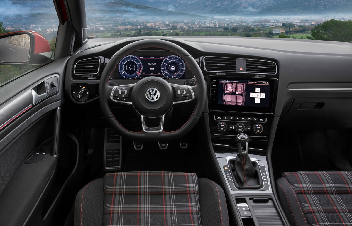 Volkswagen Golf GTI review-15