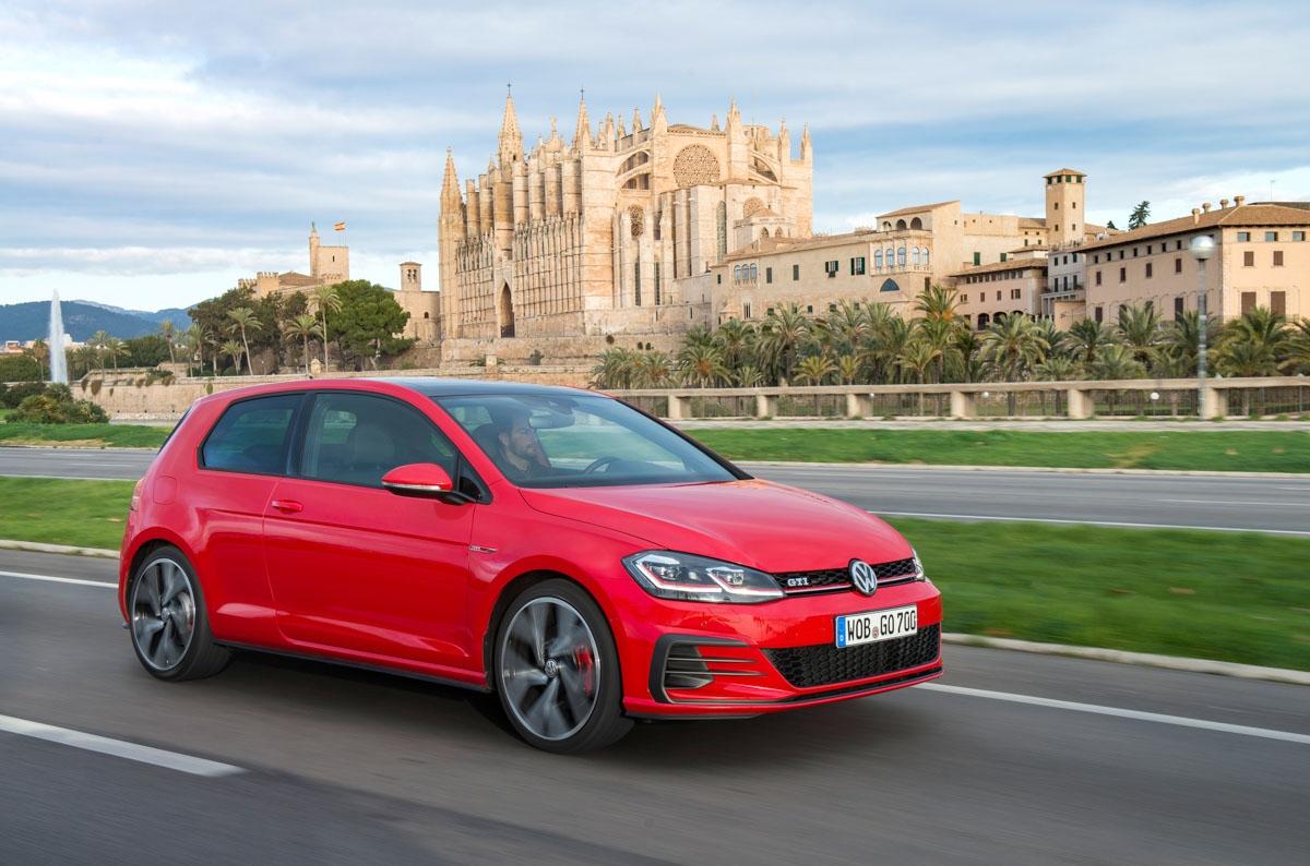 Volkswagen Golf GTI review-4