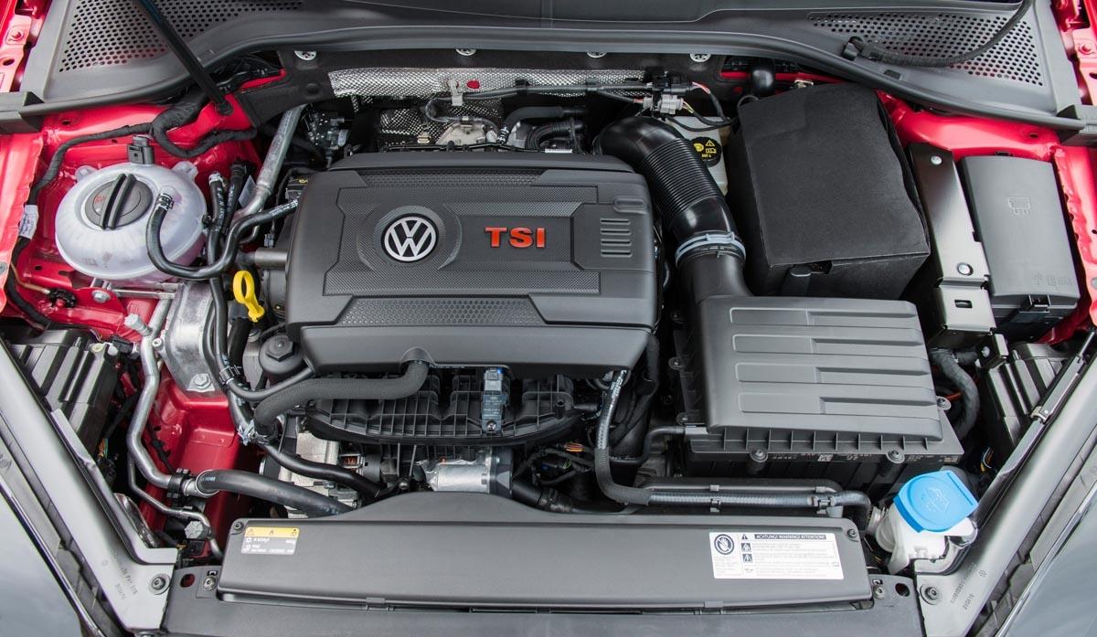 Volkswagen Golf GTI review-5