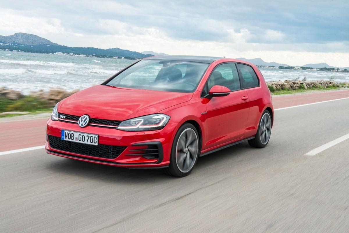 Volkswagen Golf GTI review-1