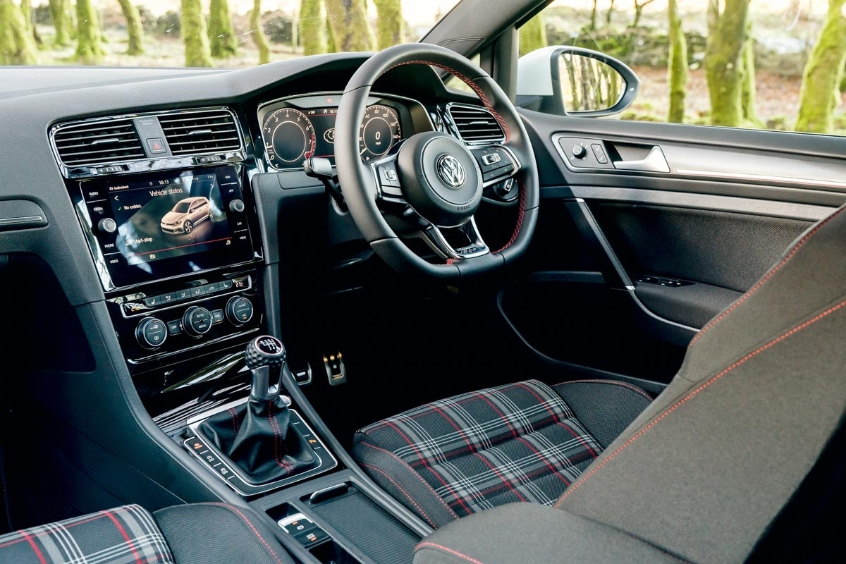 Volkswagen Golf GTI review-19
