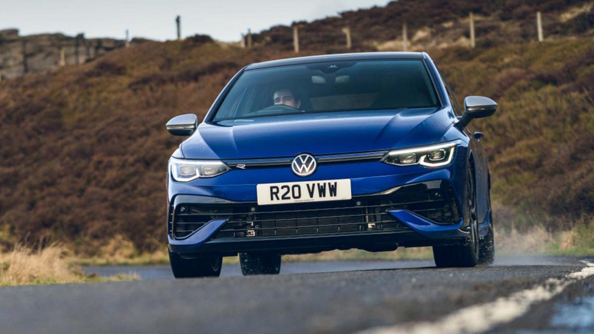 Volkswagen-Golf-R-2021-review-16