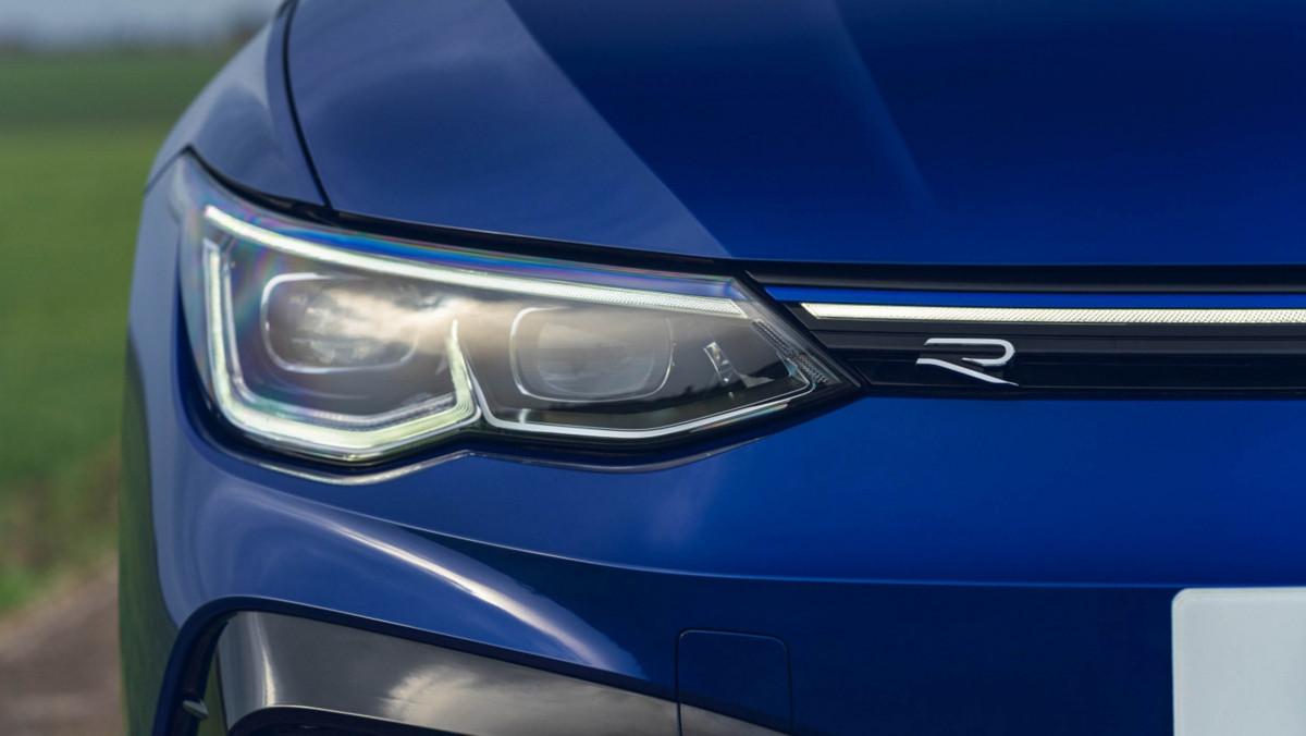 Volkswagen-Golf-R-2021-review-20
