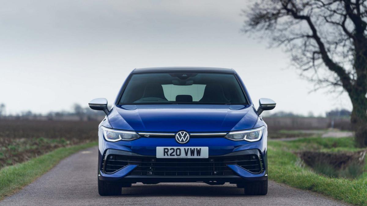 Volkswagen-Golf-R-2021-review-4
