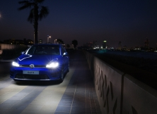 volkswagen-golf-r-uae-05