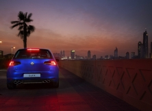 volkswagen-golf-r-uae-06
