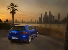 volkswagen-golf-r-uae-07