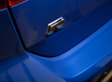volkswagen-golf-r-uae-16