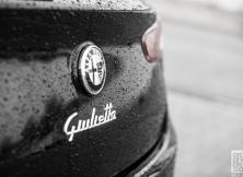 volkswagen-golf-alfa-romeo-giulietta-dubai-uae-004