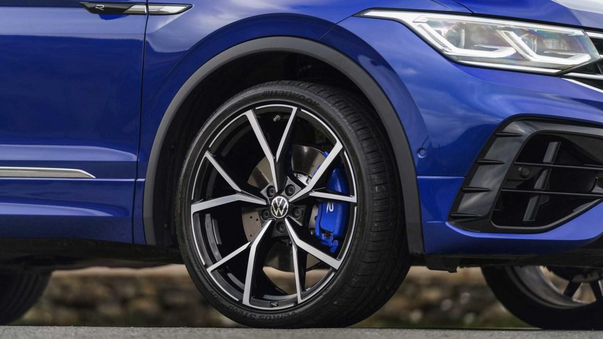 Volkswagen-Tiguan-R-2021-12