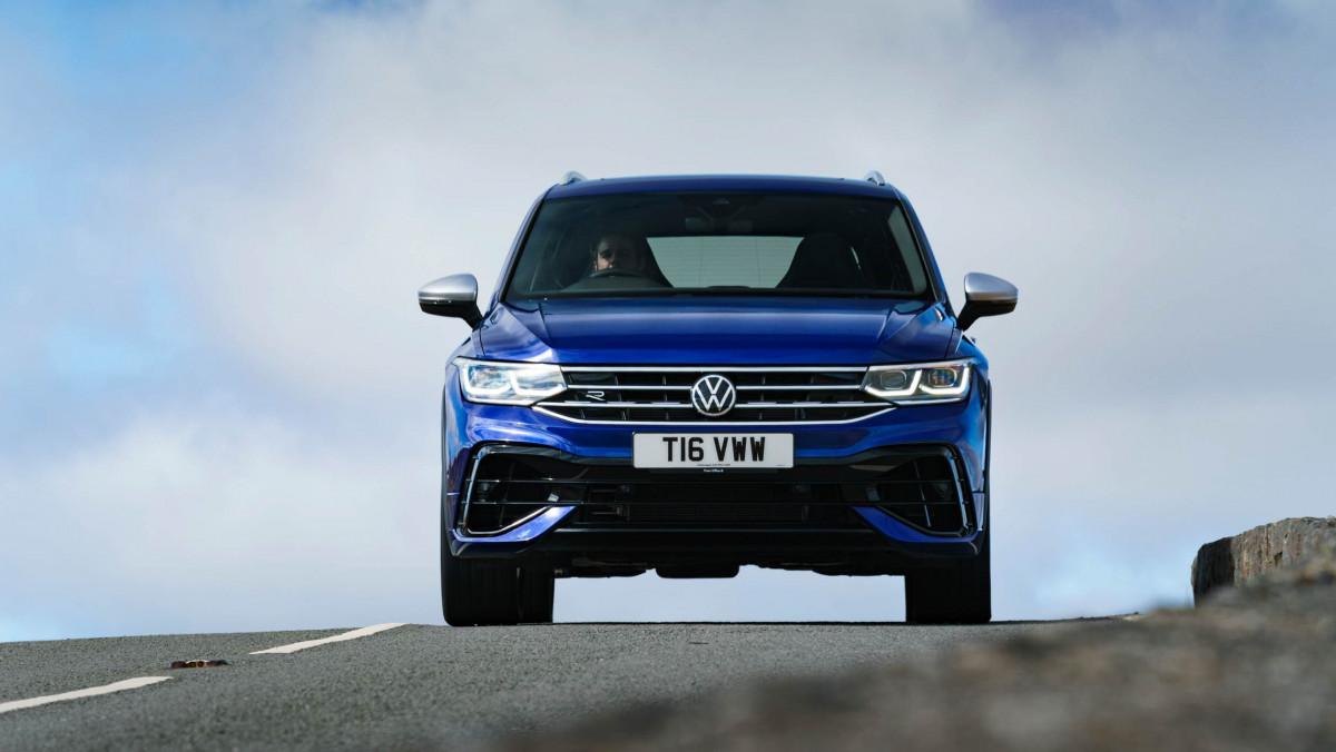 Volkswagen-Tiguan-R-2021-9