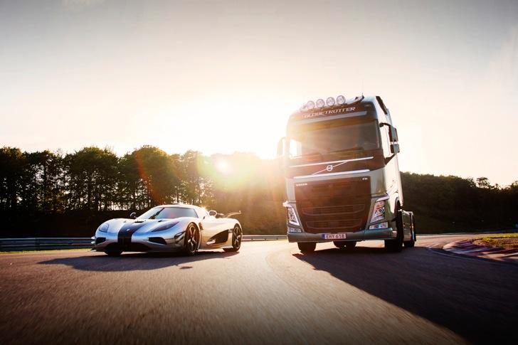 Volvo FH vs Koenigseg One:1 05