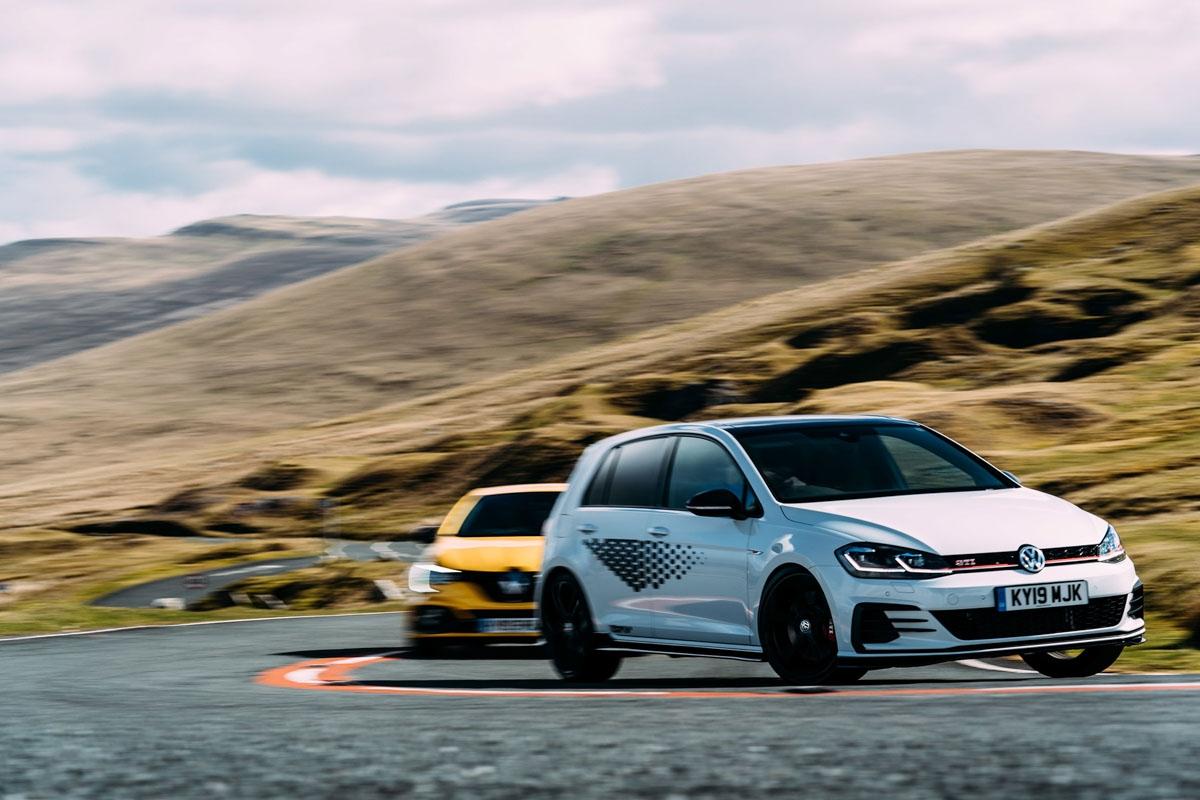VW Golf GTI TCR vs Renaultsport Megane RS Trophy-12