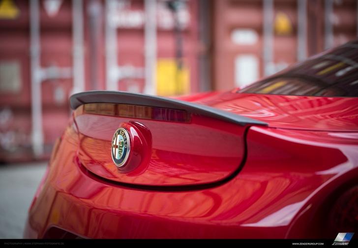 Zender Alfa Romeo 4C-08